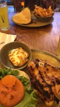 Nando's, Yorkshire Street, Oldham, UK photo-100734 Got Food Poisoning? Report it now