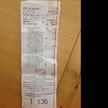 Burger King, Barcelona Airport (BCN), El Prat de Llobregat, Spain photo-111889 Got Food Poisoning? Report it now