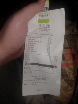A&W Canada, Niagara Street, Welland, ON, Canada photo-157713 Got Food Poisoning? Report it now