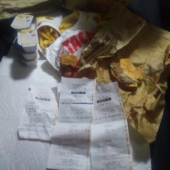 Burger King, Van Nuys Boulevard, Sherman Oaks, CA, USA photo-158798 Got Food Poisoning? Report it now
